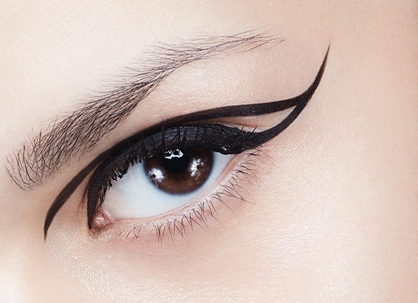 How to use eyebrow pencil to draw eyebrow